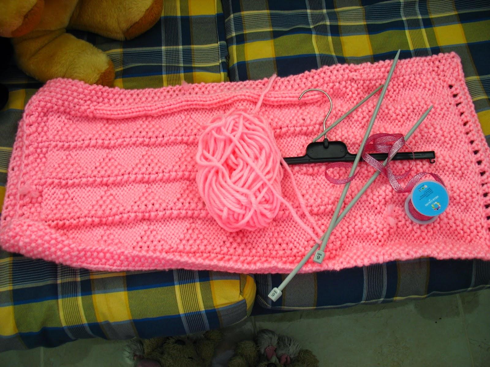 Knitting Pattern For A Peg Bag : Minervas Treasures: DIY - Knitted Peg Bag