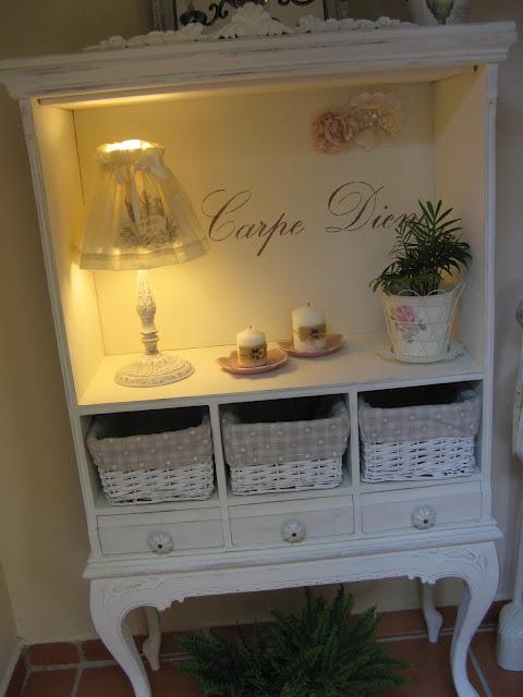 Cambiar aspecto mueble recibidor decorar tu casa es for Como pintar un mueble clasico en blanco