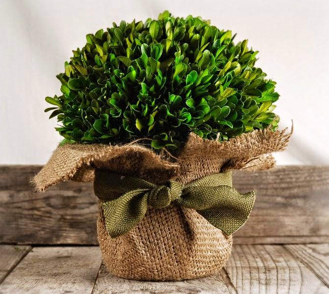 flores de fita e etc darão um customizada no seu arranjo de mesa