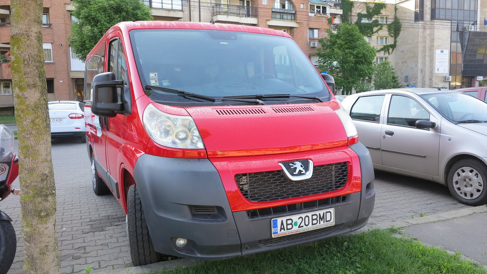 Microbuz Peugeot Boxer