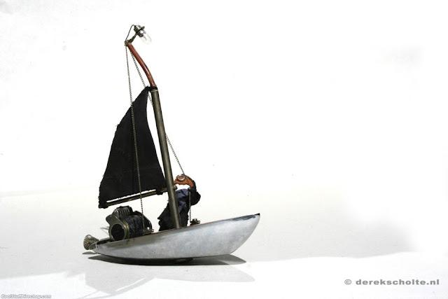 Fortunato's sailing boat