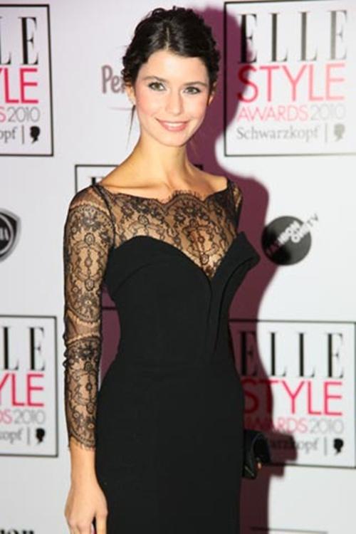 Elbise modelleri 2013 dantel elbise modeli dantel elbise çeşitleri