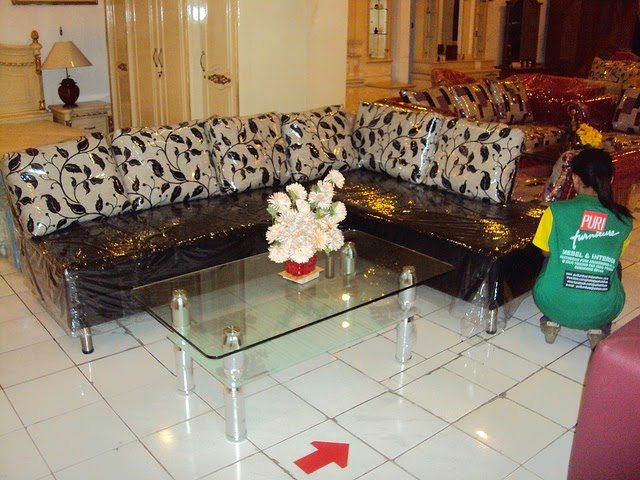 model furniture sofa minimalis