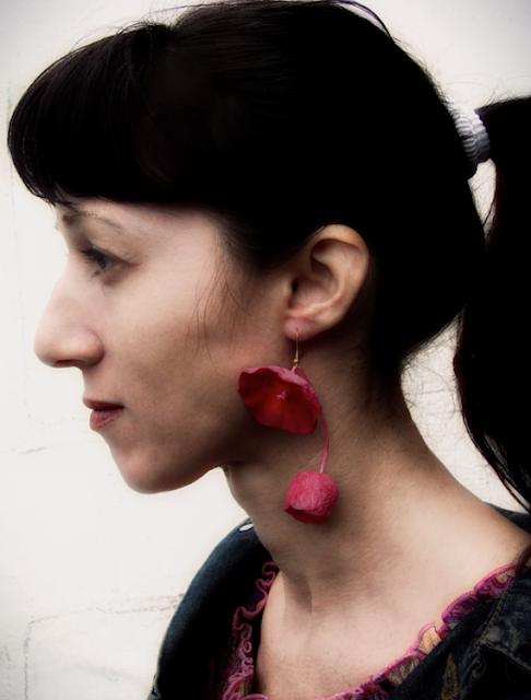 orecchini maxi fatti a mano ciliegia,  rosso