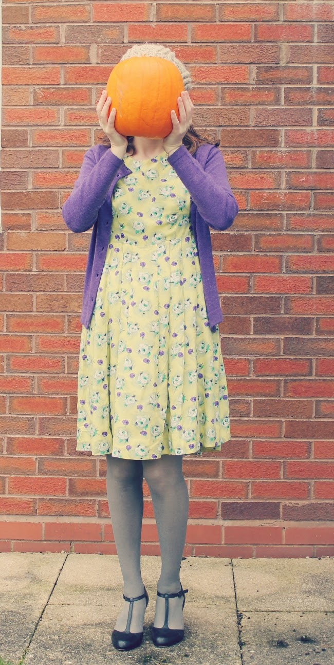 1950s october outfit