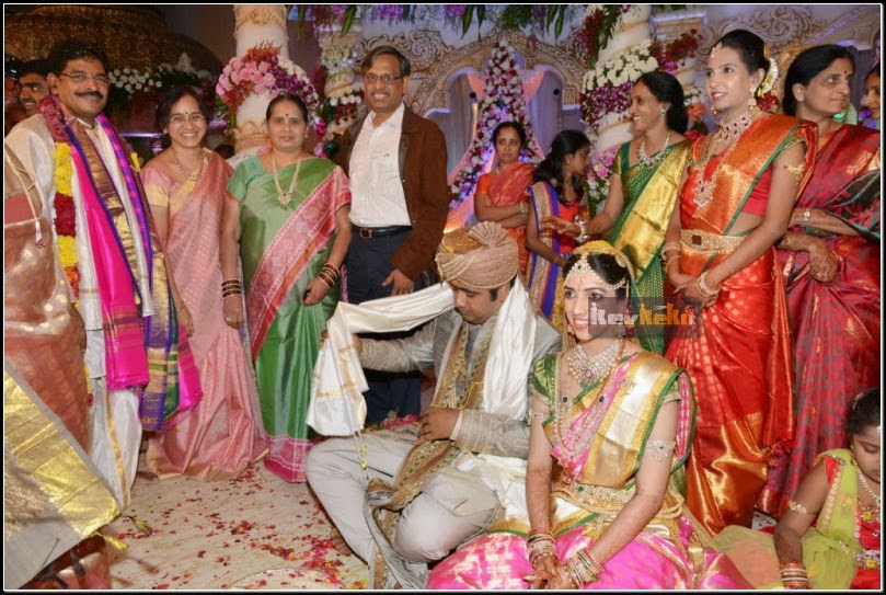 Swathi naidu online wedding invitation to all - 4 5