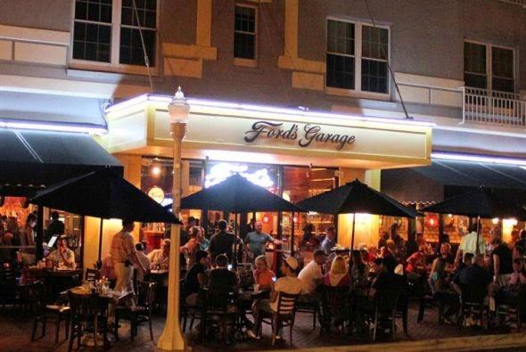 Por primera vez en la historia de la marca es posible comer en un restaurante con el ambiente - Ford garage restaurant cape coral ...