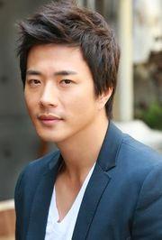 Biodata Kwon Sang Woo Pemeran Cha Suk Hoon