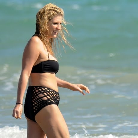 kesha bathing suit pic. KE$HA WEARS A BATHING SUIT