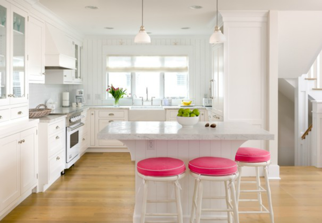 Pink+in+the+kitchen