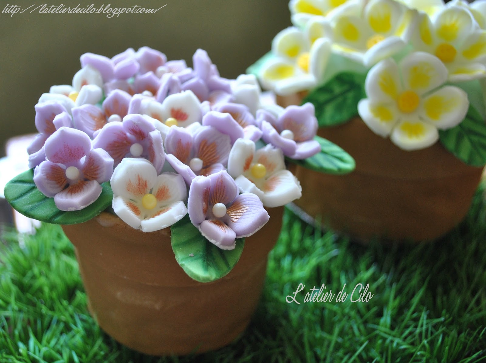 atelier de Cilo: Gâteau « Pot de fleurs » en pâte à sucre pour ...