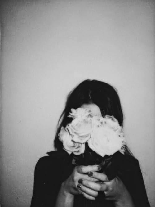 Una rosa por cada engaño.