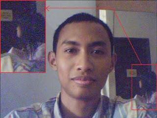 Kumpulan Foto Penampakan yang sempat Menggemparkan di Indonesia
