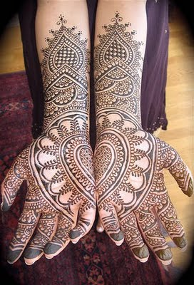Neo Bollywood Arabic Cool Mehndi Henna Wedding Designs For Hands