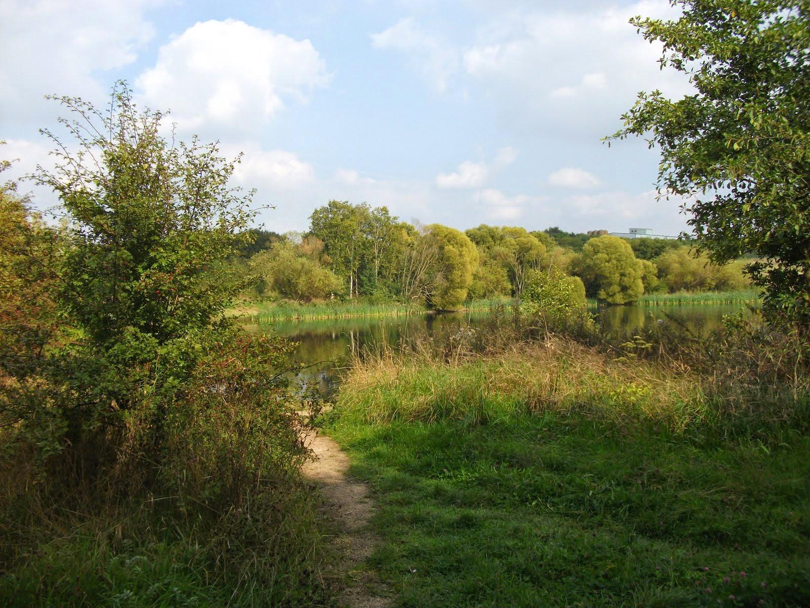 Walk round the three lakes