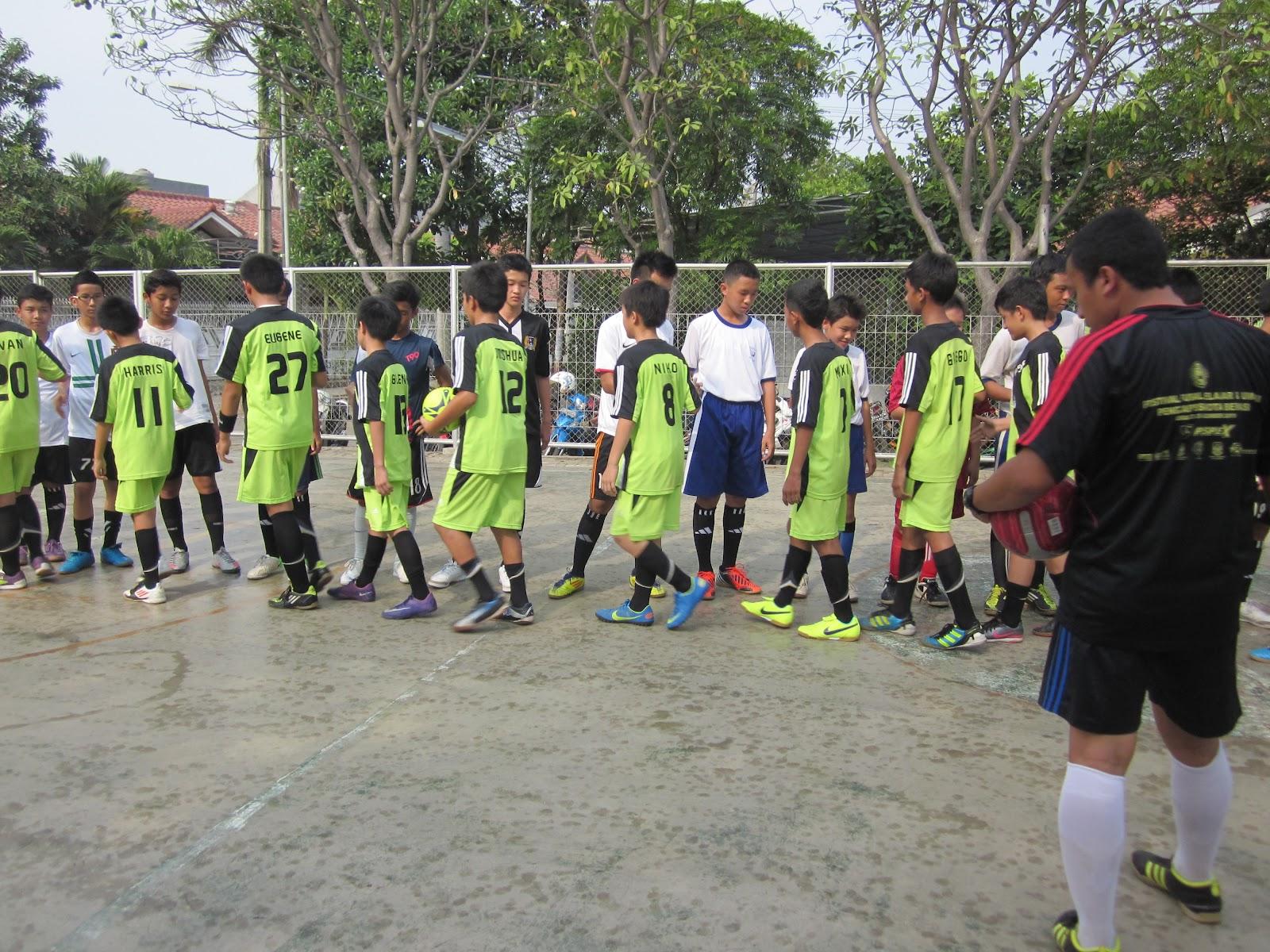 Pertandingan Persahabatan (Sparing) Futsal antara SMP Tunas Harapan