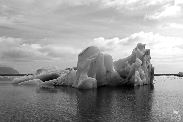 icebergs en lago de islandia