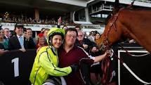 「メルボルン杯」 (競馬レース)で史上初めて、<br>女性騎手 (ミシェル=ペイン ) が優勝!