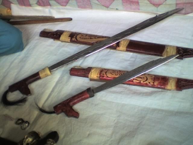 Mandau  Senjata Tradisional Kalimantan Selatan