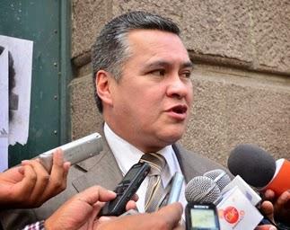 Dr. Eduardo León anuncia demanda penal contra ministro de Salud