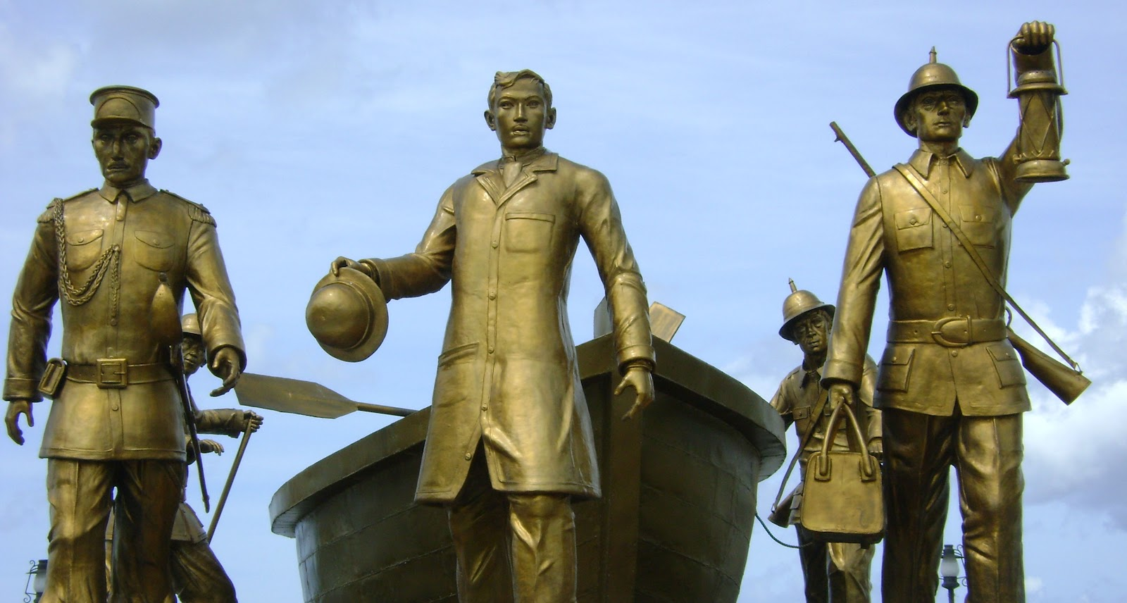jose rizal in dapitan essay Read this essay on rizal sa dapitan  our national hero, dr jose rizal,  opened our eyes and fought for our freedom even if it means endangering  himself and.