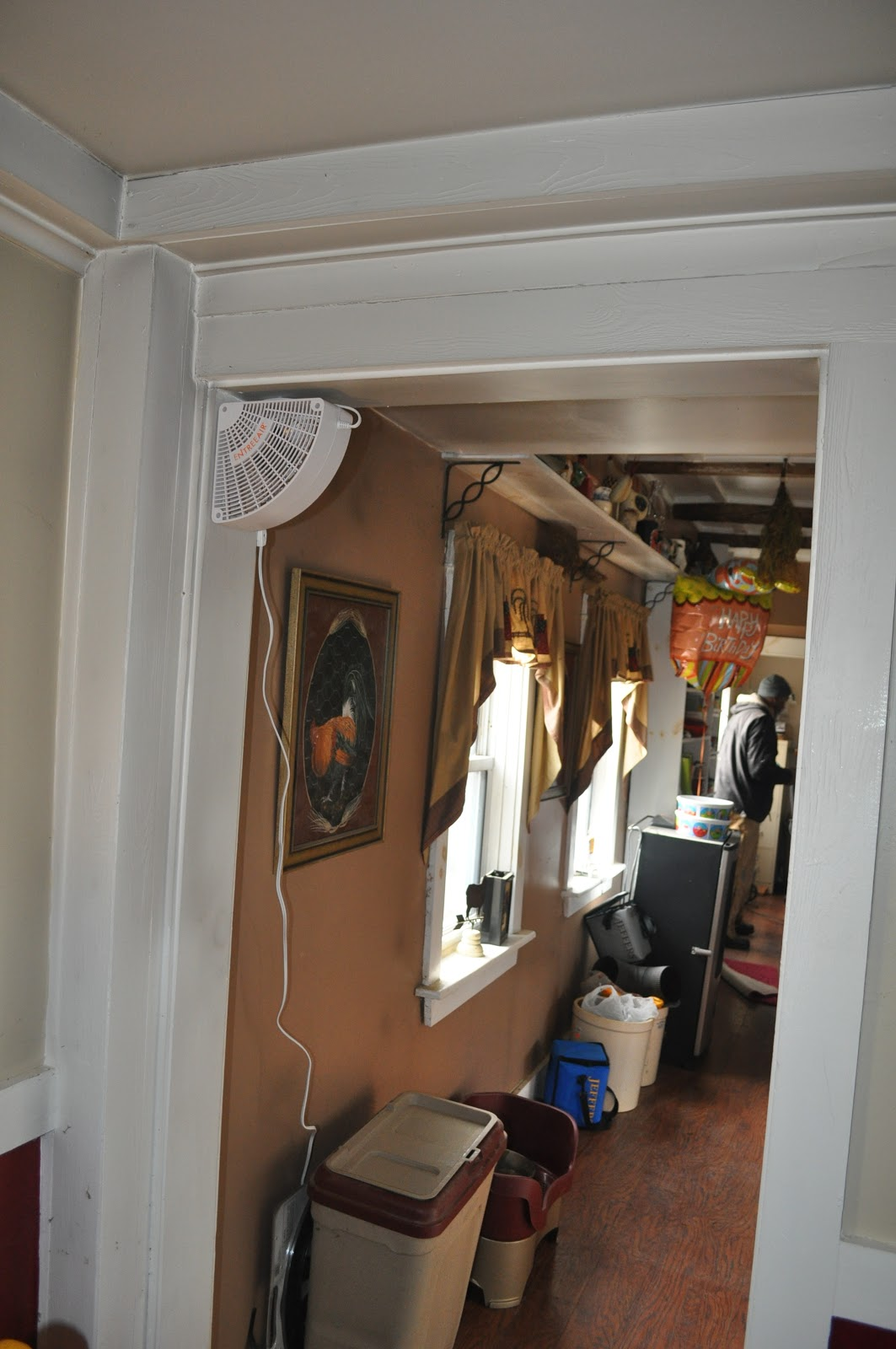 Marvelous Corner Doorway Fan