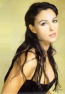 Monica Bellucci Hot Photo And Wallpaper