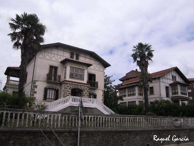 Casas de la Familia Campo Menoyo y médico Cuadra en Amurrio (Álava)