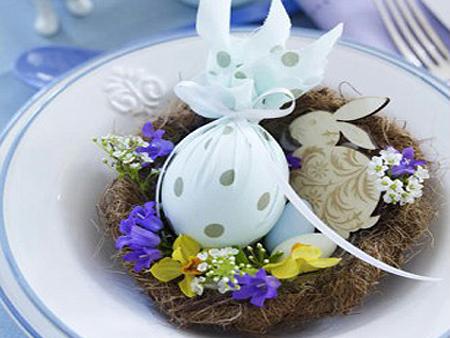 Великденска украса за маса – декорация на чиния