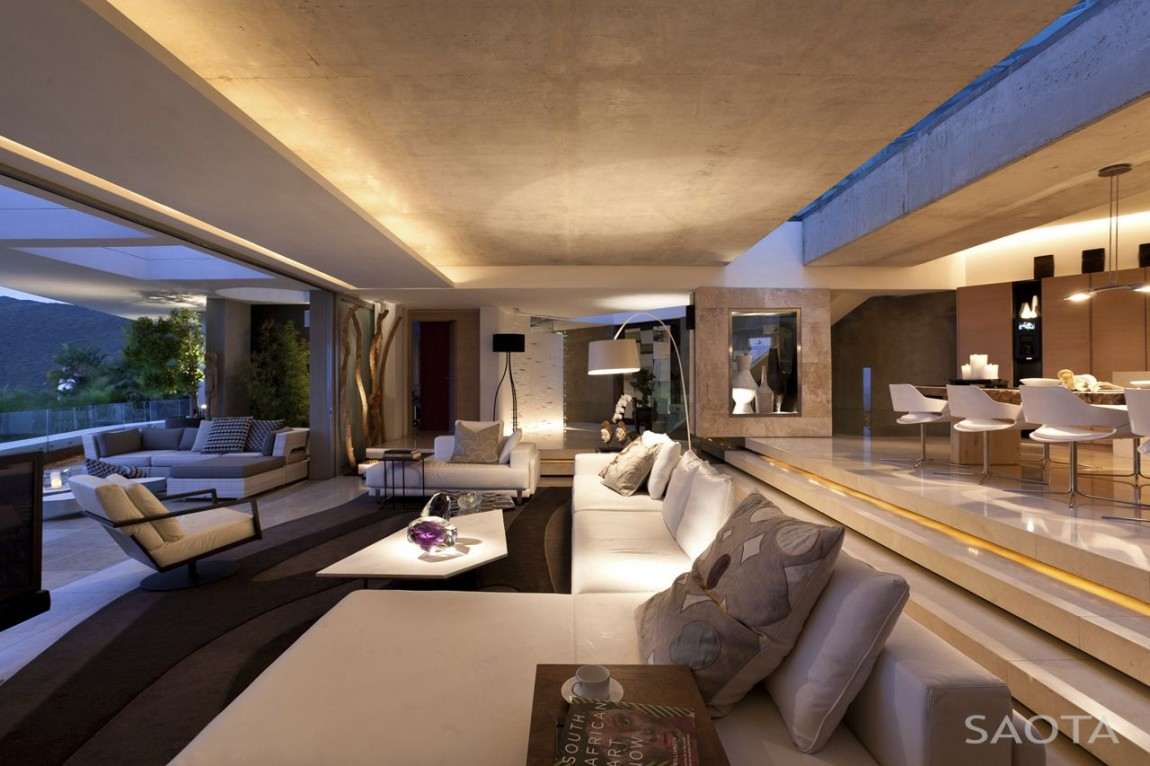 World of architecture amazing mansion house by saota for Modern house living room