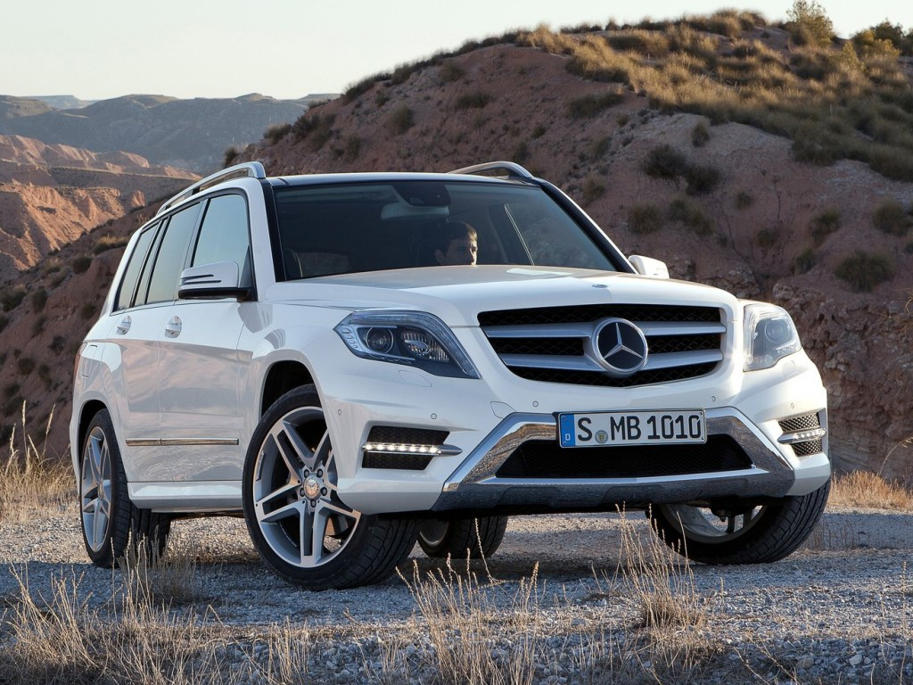 Mercedes benz glk class 2013 car barn sport for Mercedes benz glk350 amg