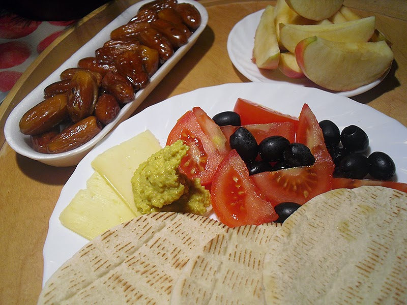 frauschoenert's israeli meal
