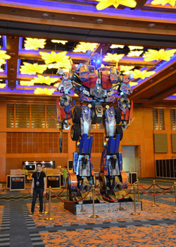 Life-sized Optimus Prime in Singapore