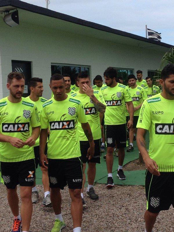 Figueirense se reapresenta para a temporada 2016