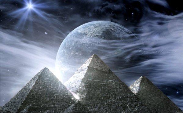 Pirâmides Gizé, Egito, vale do Nilo, areias do tempo luz do luar