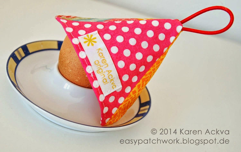 http://easypatchwork.blogspot.de/2014/03/easy-pyramid-egg-warmer-free-tutorial_16.html