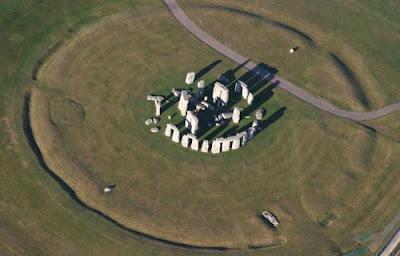 Mengungkap Berbagai Misteri Monumen Stonehege