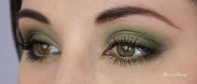 http://rosesofbeauty.blogspot.de/2014/09/comfort-zone-look-2-smokey-green.html