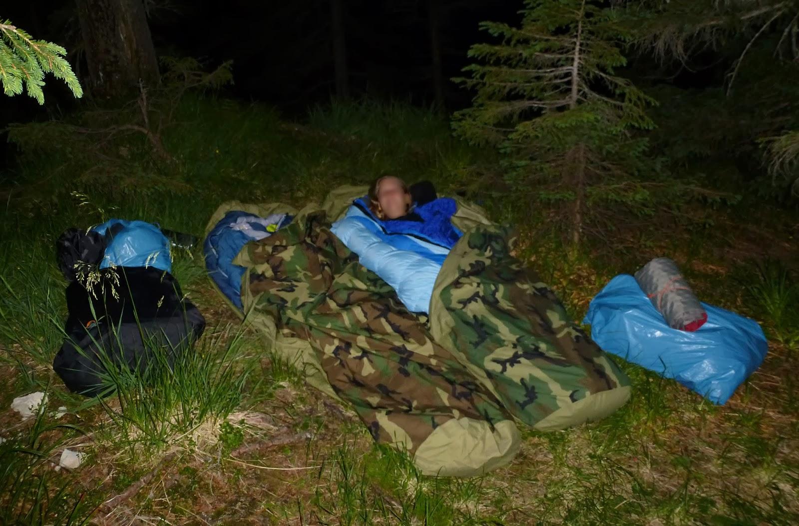 Draußen Schlafen Ohne Zelt Tipps : Kopffreiheit gear review schlaftüten us army vs