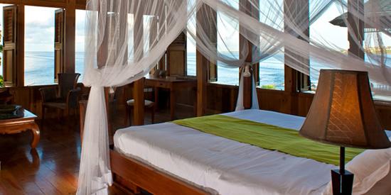 The en-suite bedrooms enjoy spectacular ocean views