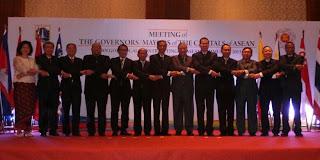 ASEAN dan Acungan Jempol untuk Jokowi