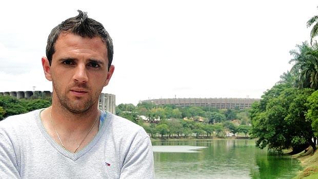 Corinthians aumenta proposta por Montillo