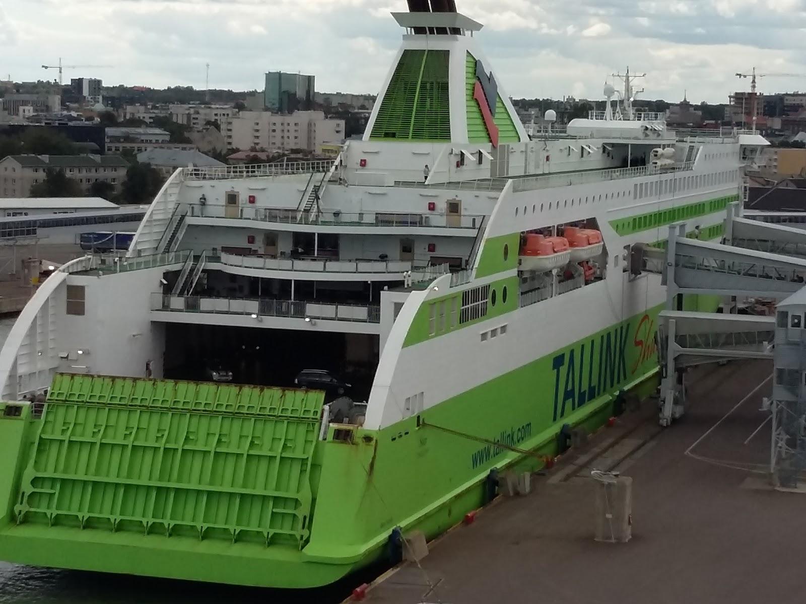 Reissukettu: Elämäni laivat.