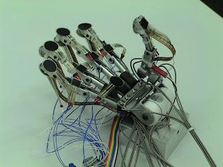 robot kéz