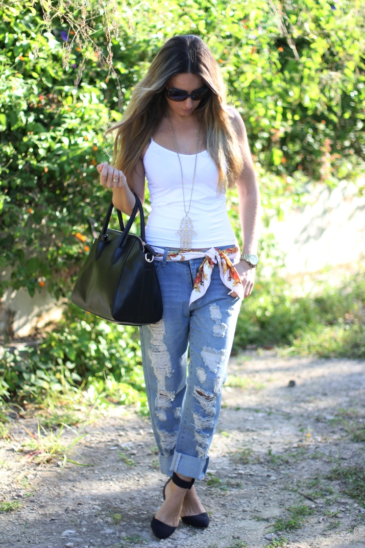 Boyfriend jeans fashion blog