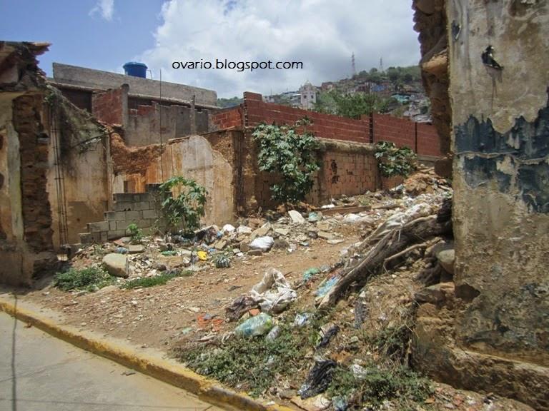 Luego de 16 años de revolución Caracas y la Guaria lucen muy mal  IMG_9513