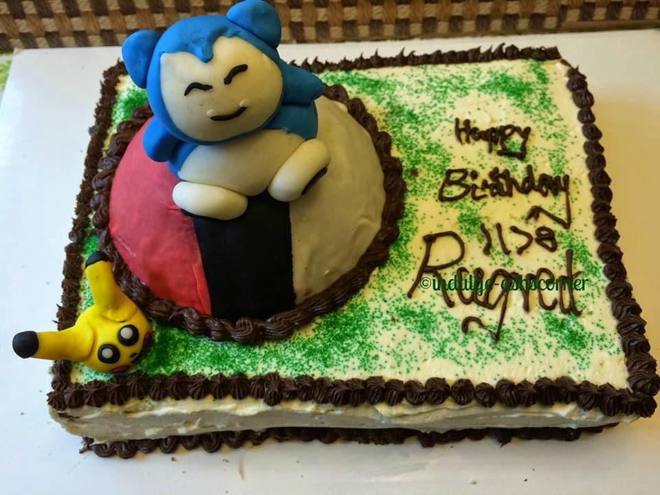Pokemon-Snorlax and Pikachu Fondant figurine Cake