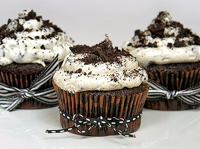 How To Make Cookies And Cream Cupcakes
