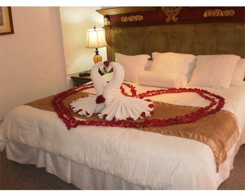 Habitaciones decoradas romanticas para parejas imagenes for Imagenes de habitaciones decoradas
