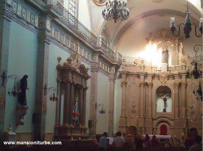 Pueblo Mágico de Tacámbro: Catedral